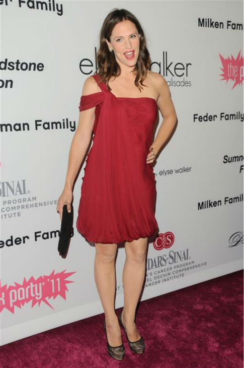 Jennifer Garner appears at the 2011 Pink Party 2011 to Benefit Cedars Sinai Women&#39;s Cancer Program, presented by Elyse Walker, in Los Angeles on Sept. 10, 2011. <span class=meta>(Sara De Boer &#47; Startraksphoto.com)</span>