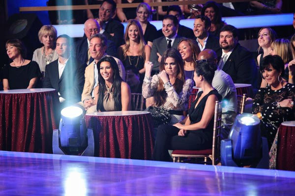 The Kardashian family cheers on &#39;Keeping Up With The Kardashians&#39; star Rob Kardashian, who received 16 out of 30 from the judges for his Viennese Waltz on the season premiere of &#39;Dancing With The Stars.&#39; <span class=meta>(ABC Photo&#47; Adam Taylor)</span>