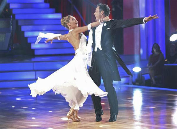 Actor David Arquette and his partner Kym Johnson received 18 out of 30 from the judges for their Viennese Waltz on the season premiere of &#39;Dancing With The Stars.&#39; <span class=meta>(ABC Photo&#47; Adam Taylor)</span>