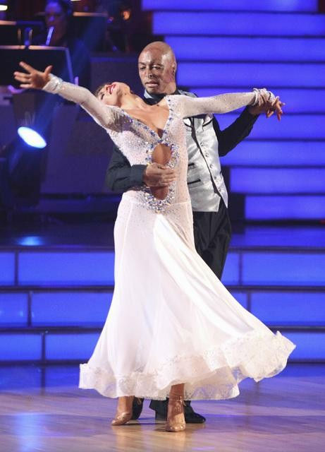 'All My Children' actor and Iraq War veteran J.R. Martinez and his partner Karina Smirnoff received 22 out of 30 from the judges for their Viennese Waltz on the season premiere of 'Dancing With The Stars.'