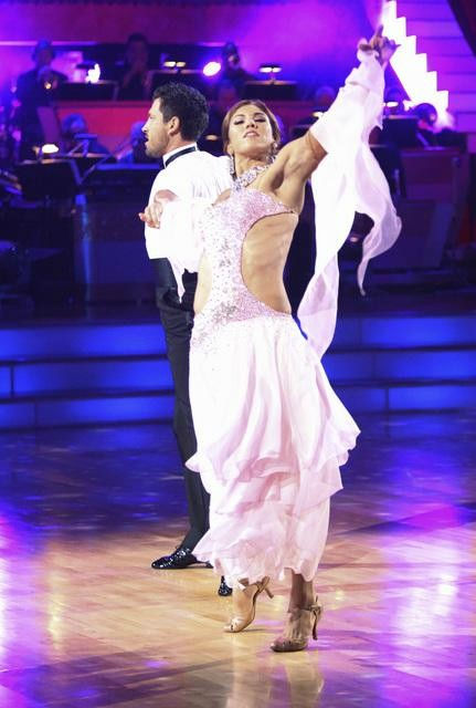 U.S. soccer star Hope Solo and her partner Maksim Chmerkovskiy received 21 out of 30 from the judges for their Viennese Waltz on the season premiere of 'Dancing With The Stars.'