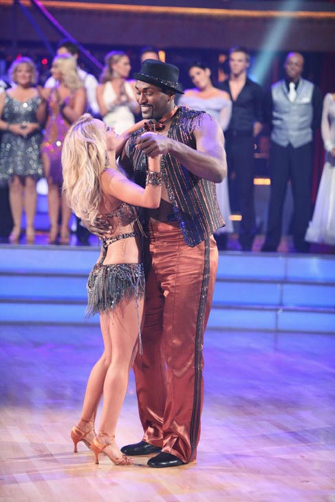 "<div class=""meta ""><span class=""caption-text "">Los Angeles Laker Metta World Peace a.k.a. Ron Artest and his partner Peta Murgatroyd react to being eliminated from ABC's hit ballroom dancing competition series on Tuesday, September 20, 2011. The pair received 14 out of 30 from the judges for their Cha Cha Cha on the season premiere of 'Dancing With The Stars.'  (ABC Photo/ Adam Taylor)</span></div>"