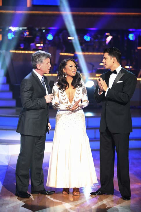 &#39;Keeping Up With The Kardashians&#39; star Rob Kardashian and his partner Cheryl Burke talk with &#39;Dancing With The Stars&#39; co-host Tom Bergeron after being safe from elimination on &#39;Dancing With The Stars: The Results Show&#39; on Tuesday, September 20, 2011.The pair received 16 out of 30 from the judges for their Viennese Waltz on the season premiere of &#39;Dancing With The Stars.&#39; <span class=meta>(ABC Photo&#47; Adam Taylor)</span>