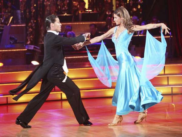 Italian model and actress Elisabetta Canalis and her partner Valentin Chmerkovskiy, brother of Maksim Chmerkovskiy, received 21 out of 30 from the judges for their Quickstep on the September 26 episode of 'Dancing With The Stars.'