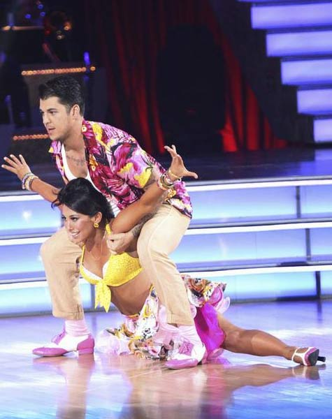 'Keeping Up With The Kardashians' star Rob Kardashian and his partner Cheryl Burke received 21 out of 30 from the judges for their Jive on the September 26 episode of 'Dancing With The Stars.'
