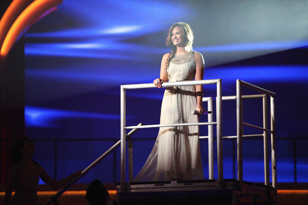 Demi Lovato visited 'Dancing With The Stars' once again and performed 'Skyscraper' from her new album, 'Unbroken' on 'Dancing With The Stars: The Result Show' on Tuesday, September 27, 2011.