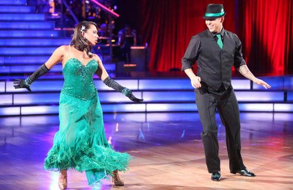 'Keeping Up With The Kardashians' star Rob Kardashian and his partner Cheryl Burke received 24 out of 30 from the judges for their Fox Trot on the October 3 episode of 'Dancing With The Stars.'