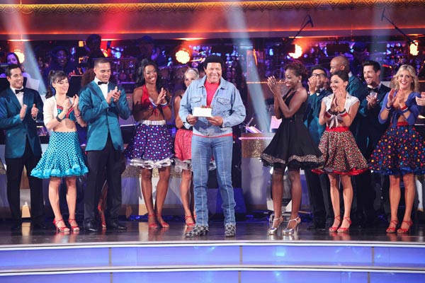 DANCING WITH THE STARS THE RESULTS SHOW - &#34;Episode 1303A&#34; - &#34;Macy&#39;s Stars of Dance&#34; performance paid tribute the beloved and iconic dance of an entire generation, &#34;The Twist,&#34; in celebration of its 50th year mark, featuring Grammy&reg; Award winner, Estelle, on &#34;Dancing with the Stars the Results Show,&#34; TUESDAY, OCTOBER 4 &#40;9:00-10:01 p.m., ET&#41;, on the ABC Television Network. &#40;ABC&#47;ADAM TAYLOR&#41; CENTER: CHUBBY CHECKER, ESTELLE <span class=meta>(ABC Photo&#47; Adam Taylor)</span>