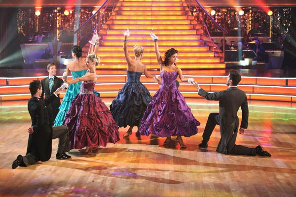 The &#39;Dancing With the Stars&#39; Troupe did a special performance themed to &#39;Gone with the Wind,&#39; as a preview to next week&#39;s Movie Scores theme on &#39;Dancing With The Stars: The Result Show&#39; on Tuesday, October 4, 2011. <span class=meta>(ABC Photo&#47; Adam Taylor)</span>