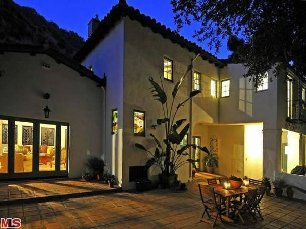 The patio at Frances Bean Cobain's 3,350 square foot home, which the only child of Courtney Love and the late Kurt Cobain purchased for $1,825,000 in July, 2011. The property, which was built in 1930 by architect Carl Jules Weyl, has 4-bedrooms and 3.5 ba