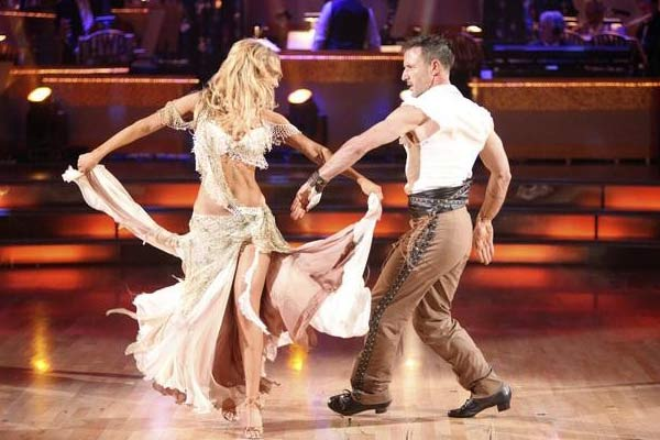 "<div class=""meta ""><span class=""caption-text "">Actor David Arquette and his partner Kym Johnson received 23 out of 30 from the judges for their Paso Doble on the October 3 episode of 'Dancing With The Stars.' (Photo/ABC)</span></div>"