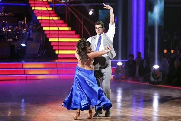 'Keeping Up With The Kardashians' star Rob Kardashian and his partner Cheryl Burke received 24 out of 30 from the judges for their Paso Doble on the October 3 episode of 'Dancing With The Stars.'