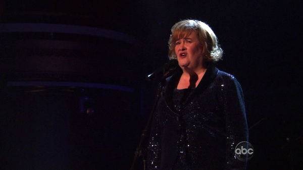 "<div class=""meta image-caption""><div class=""origin-logo origin-image ""><span></span></div><span class=""caption-text"">Susan Boyle, graced the stage with a rendition of 'Unchained Melody' on 'Dancing With The Stars: The Result Show' on Tuesday, October 11, 2011. She was accompanied by pro dancers Val Chmerkovskiy and Peta Murgatroyd.  (ABC Photo)</span></div>"