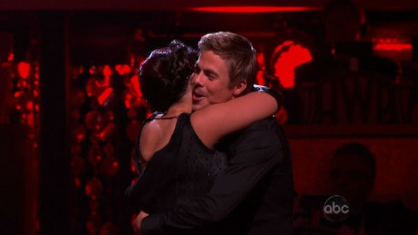 Talk show host and actress Ricki Lake and her partner Derek Hough react to being safe on &#39;Dancing With The Stars: The Results Show&#39; on Tuesday, October 11, 2011. The pair received 29 out of 30 from the judges for their Tango on the October 10 episode of &#39;Dancing With The Stars.&#39; <span class=meta>(ABC Photo)</span>