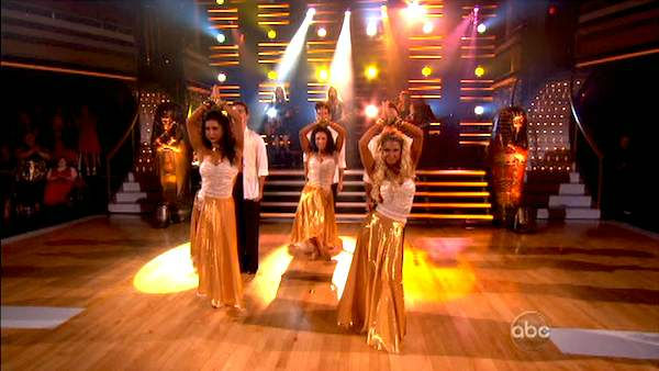 "<div class=""meta ""><span class=""caption-text "">The Bangles performed a few of their 1980s hits including 'Walk Like an Egyptian' and 'Manic Monday'  on 'Dancing With The Stars,' which aired on October 17, 2011. (ABC Photo)</span></div>"