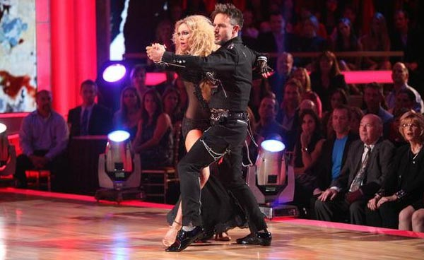 "<div class=""meta image-caption""><div class=""origin-logo origin-image ""><span></span></div><span class=""caption-text"">Actor David Arquette and his partner Kym Johnson received 25 out of 30 from the judges for their Tango  on the October 17 episode of 'Dancing With The Stars.' (ABC Photo)</span></div>"