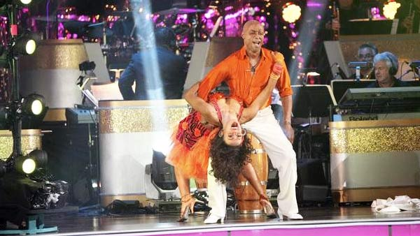 'All My Children' actor and Iraq War veteran J.R. Martinez and his partner Karina Smirnoff received 28 out of 30 from the judges for their Samba on the October 17 episode 'Dancing With The Stars.'