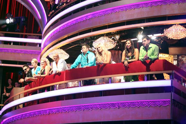 The remaining couples waited to see who would be the fifth couple to be sent home, on &#39;Dancing with the Stars the Results Show,&#39; on on Tuesday, Oct. 18, 2011. &#40;Pictured: DAVID ARQUETTE, CARSON KRESSLEY, NANCY GRACE, J.R. MARTINEZ, CHAZ BONO, LACEY SCHWIMMER, CHERYL BURKE and ROB KARDASHIAN.&#41; <span class=meta>(ABC Photo&#47; Adam Taylor)</span>