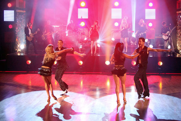 Clarkson also performed her hit song &#39;Walk Away&#39; on &#39;Dancing With The Stars&#39; on Tuesday, Oct. 18, 2011, accompanied by pro dancers Mark Ballas, Sharna Burgess, Val Chmerkovskiy and Peta Murgatroyd.  <span class=meta>(ABC Photo&#47; Adam Taylor)</span>