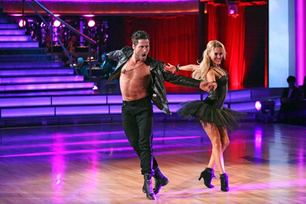 with the Stars the Results Show,&#34; TUESDAY, OCTOBER 18 Troupe dancers performed with a Troupe dancers performed with a choir, on &#39;Dancing with the Stars the Results Show,&#39; Tuesday, Oct. 18, 2011. &#40;Pictured: VAL CHMERKOVSKIY and PETA MURGATROYD.&#41; <span class=meta>(ABC Photo&#47; Adam Taylor)</span>