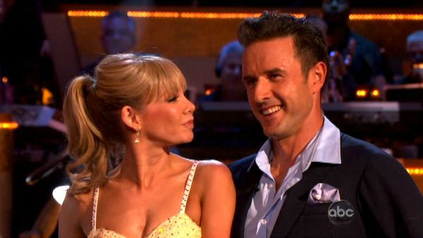 Actor David Arquette and his partner Kym Johnson received 23 out of 30 from the judges for their Quickstep on the October 24 episode of 'Dancing With The Stars.'