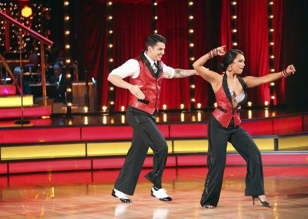&#39;Keeping Up With The Kardashians&#39; star Rob Kardashian and his partner Cheryl Burke received 22 out of  30 from the judges for their Cha Cha on the October 24 episode of &#39;Dancing With The Stars.&#39; <span class=meta>(ABC Photo)</span>