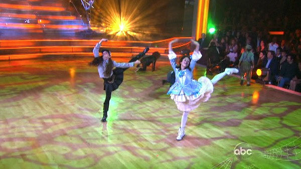 Lacey Schwimmer and Mark Ballas did a special Halloween-themed performance with a children's group on 'Dancing With The Stars: The Results Show' on Tuesday, October 25.