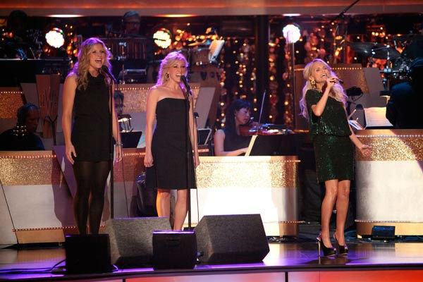 "<div class=""meta image-caption""><div class=""origin-logo origin-image ""><span></span></div><span class=""caption-text"">Kristin Chenoweth returned to the 'Dancing With The Stars' stage on Tuesday, October 25, to perform 'Lessons Learned' from her new album, 'Some Lessons Learned.' The Broadway veteran was accompanied by pro dancers Tony Dovolani and Dasha Chesnokova.  (ABC Photo/ Adam Taylor)</span></div>"