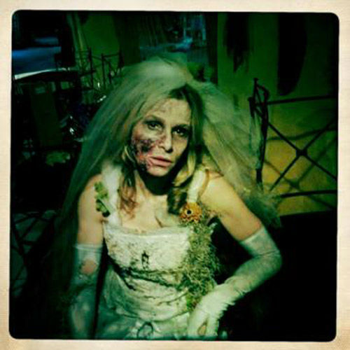 Actress Kyra Sedgwick posted her corpse bride costume from the set of h
