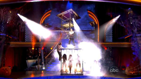 "<div class=""meta image-caption""><div class=""origin-logo origin-image ""><span></span></div><span class=""caption-text"">Team Tango, which included contestants David Arquette and his partner Kym Johnson, J.R. Martinez and his partner Karina Smirnoff and Nancy Grace and her partner Tristan Macmanus performed on the October 31 episode 'Dancing With The Stars.' The team earned 23 points out of 30 for their performance. (ABC Photo)</span></div>"