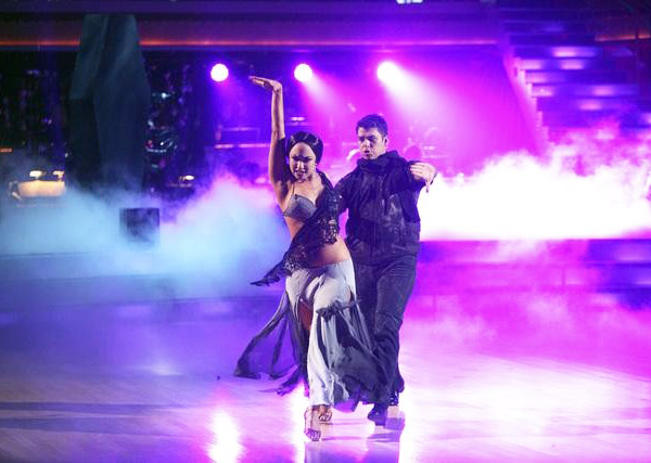 "<div class=""meta ""><span class=""caption-text "">Team Paso Doble, which included contestants Ricki Lake and her partner Derek Hough, Rob Kardashian and his partner Cheryl Burke and Hope Solo and her partner Maksim Chmerkovskiy performed on the October 31 episode 'Dancing With The Stars.' The team earned 26 points out of 30 for their performance. (ABC Photo)</span></div>"
