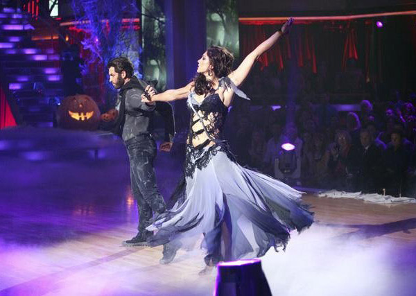 Team Paso Doble, which included contestants Ricki Lake and her partner Derek Hough, Rob Kardashian and his partner Cheryl Burke and Hope Solo and her partner Maksim Chmerkovskiy performed on the October 31 episode 'Dancing With The Stars.' The team earned