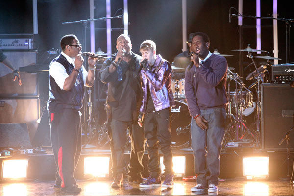 Justin Bieber was joined by Boyz II Men for a...