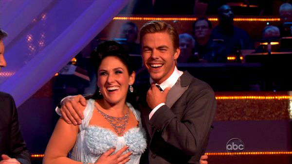 Talk show host and actress Ricki Lake and her partner Derek Hough received 28 out of 30 from the judges for their Waltz and 24 out of 30 for their Instant Jive, for a total of 52 on the November 7 episode of 'Dancing With The Stars.'
