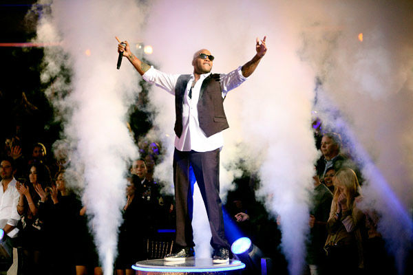 Miami-based rapper Flo Rida also hit the stage...