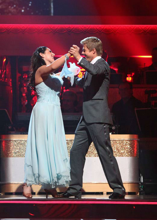 "<div class=""meta ""><span class=""caption-text "">Talk show host and actress Ricki Lake and her partner Derek Hough react to being safe on 'Dancing With The Stars: The Results Show' on Tuesday, November 8, 2011. The pair received 28 out of 30 from the judges for their Waltz and 24 out of 30 for their Instant Jive, for a total of 52 on the November 7 episode of 'Dancing With The Stars.' (ABC Photo/ Adam Taylor)</span></div>"