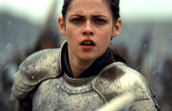 "<div class=""meta image-caption""><div class=""origin-logo origin-image ""><span></span></div><span class=""caption-text"">Kristen Stewart appears in a still from 'Snow White and the Huntsman,' which is slated for release on June 1, 2012. (FilmEngine / Universal Pictures)</span></div>"