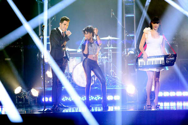 Cobra Starship also hit the stage for a performance featuring Sabi of their hit single, 'You Make Me Feel,' accompanied by pro dancers Kym Johnson, Tristan MacManus, Sharna Burgess and Sonny Pederson on 'Dancing With The Stars: The Results Show' on Tuesda