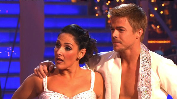 Talk show host and actress Ricki Lake and her partner Derek Hough received 27 out of 30