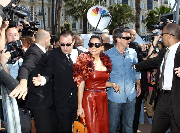 "<div class=""meta image-caption""><div class=""origin-logo origin-image ""><span></span></div><span class=""caption-text"">Actor Antonio Banderas (L) and actress Salma Hayek attend the 'Puss in Boots' Photocall at Carlton Beach during the 64th Cannes Film Festival on May 11, 2011 in Cannes, France.  (Andreas Rentz / Getty Images / Royalty-free)</span></div>"