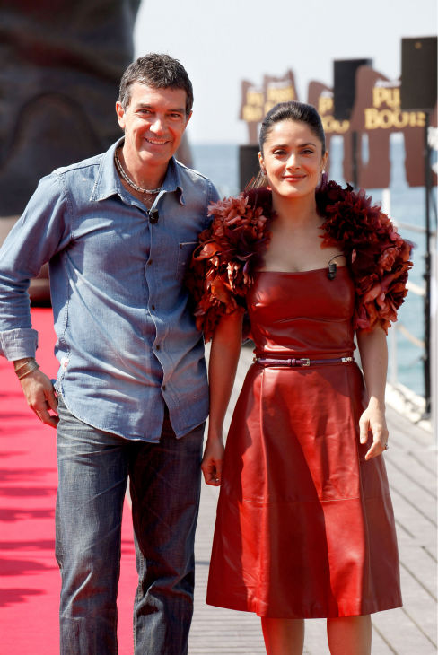 "<div class=""meta image-caption""><div class=""origin-logo origin-image ""><span></span></div><span class=""caption-text"">Actor Antonio Banderas (L) and actress Salma Hayek attend the 'Puss in Boots' Photocall at Carlton Beach during the 64th Cannes Film Festival on May 11, 2011 in Cannes, France.  (Lucian Capellaro / Paramount Pictures)</span></div>"