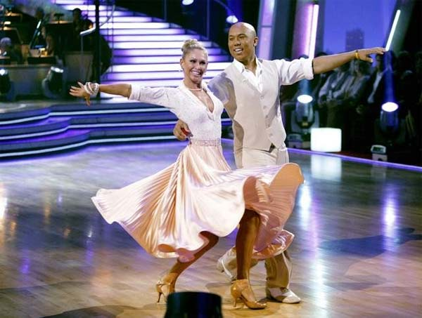 "<div class=""meta image-caption""><div class=""origin-logo origin-image ""><span></span></div><span class=""caption-text"">Hines Ward and his partner Kym Johnson dance a Fox Trot and a Jive on week eight of 'Dancing With The Stars.' The judges gave the couple 28 out of 30 for their Fox Trot and 26 points out of 30 for their Jive. The couple earned a total of 53 out of 60. (ABC/ Adam Taylor)</span></div>"