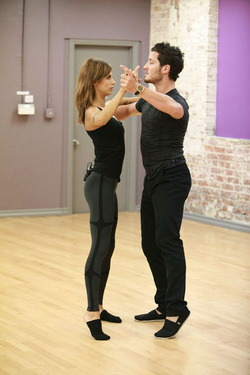 "<div class=""meta image-caption""><div class=""origin-logo origin-image ""><span></span></div><span class=""caption-text"">Italian actress and George Clooney's ex-girlfriend Elisabetta Canalis and partner Val Chmerkovskiy appear in a rehearsal photo for season 13 of 'Dancing With the Stars.' (ABC Photo/ Greg Zabilski)</span></div>"