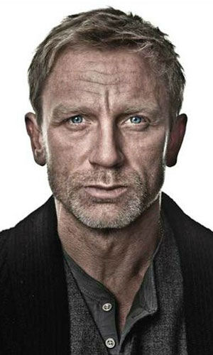 "<div class=""meta ""><span class=""caption-text "">Daniel Craig as Mikael Blomkvist Daniel Craig plays Mikael Blomkvist, a disgraced journalist accused of libel who takes a leave of absence from Millennium magazine. He is called into action by Henirk Vanger to investigate the 1966 disappearance of his grandniece Harriet. Blomkvist's life eventually becomes tied to Lisbeth Salander.  (Pictured: Criag in a promotional still for 'The Girl With The Dragon Tattoo.') (Columbia Pictures / MGM)</span></div>"