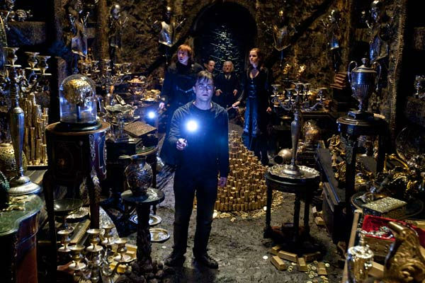 "<div class=""meta image-caption""><div class=""origin-logo origin-image ""><span></span></div><span class=""caption-text"">Harry Potter (Daniel Radcliffe, foreground), Ron Weasley (Rupert Grint), Griphook (Warwick Davis), Bogrod (Jon Key) and Hermione Granger (Emma Watson) appear in a scene from the 2011 film, 'Harry Potter and the Deathly Hallows - Part 2.' (Warner Bros. Pictures)</span></div>"