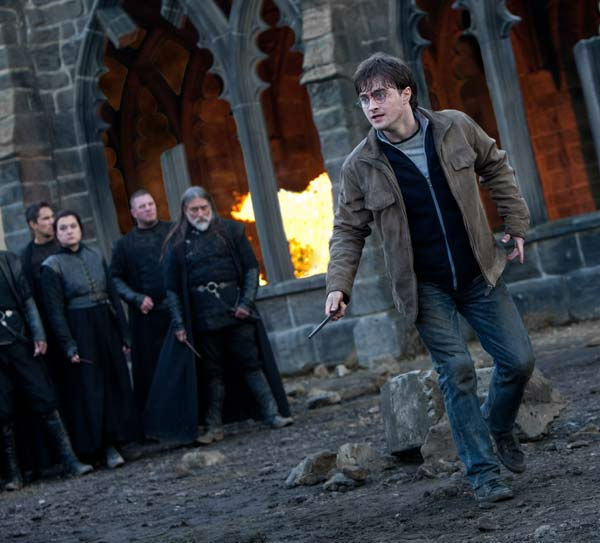 "<div class=""meta ""><span class=""caption-text "">Harry Potter (Daniel Radcliffe) in a scene from the 2011 film 'Harry Potter and the Deathly Hallows - Part 2.' (Warner Bros. Pictures)</span></div>"