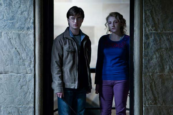 Harry Potter (Daniel Radcliffe) and Luna...