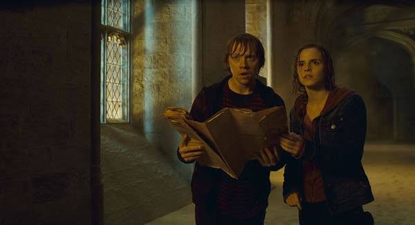 Ron Weasley &#40;Rupert Grint&#41; and Hermione Granger &#40;Emma Watson&#41; appear in a scene from the 2011 film &#39;Harry Potter and the Deathly Hallows - Part 2.&#39; <span class=meta>(Warner Bros. Pictures)</span>