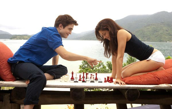 "<div class=""meta ""><span class=""caption-text "">Kristen Stewart and Robert Pattinson appear in a scene from 'The Twilight Saga: Breaking Dawn - Part 1.' (Summit Entertainment / Andrew Cooper)</span></div>"