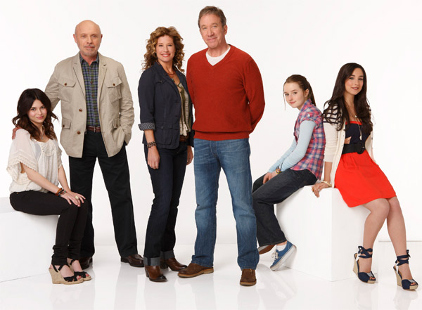 ABC series &#39;Last Man Standing,&#39; which stars Tim Allen, will return for a second season on November 2, 2012 and will air on Fridays from 8 to 8:30 p.m. ET. <span class=meta>(ABC &#47; Craig Sjodin)</span>